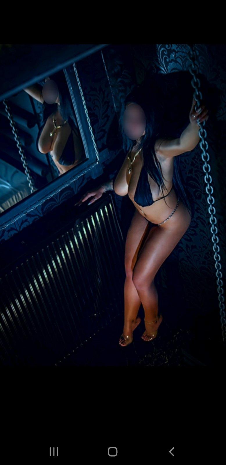 vip-escort-girl Morena