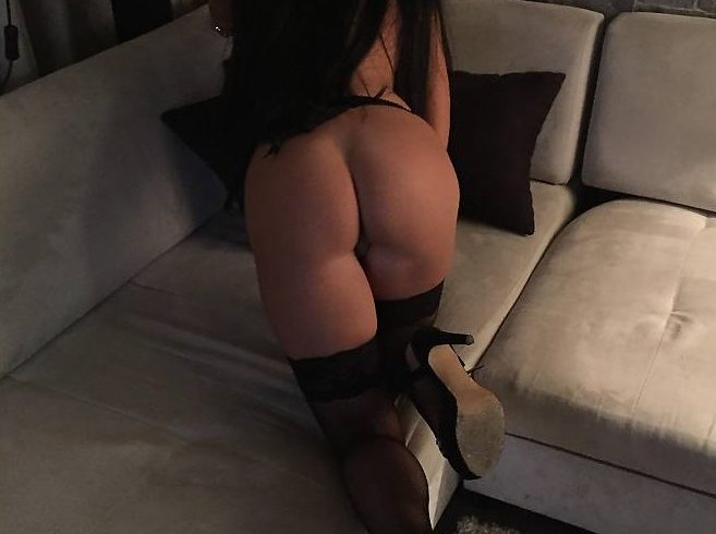 Christina in Athens ..I am a horny Greek woman and I am waiting on the phone for serious gentlemen for all the sex games. - Εικόνα9