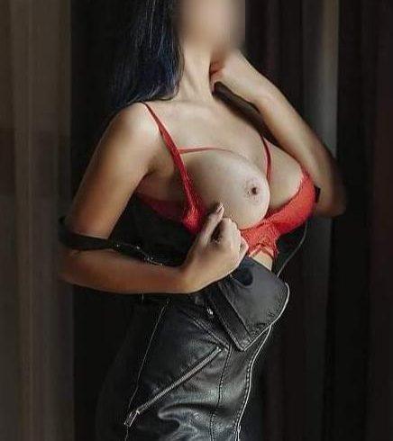 έχω σώμα με πολύ σέξι αναλογίες και πλούσιο στήθος. χωρίς γραφεία == φουλ πρόγραμμα (70€) == - Εικόνα6