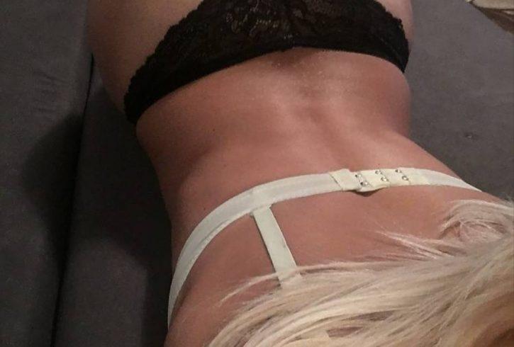 Είμαι πολύ σέξι με κορμί Ηφαίστειο και πολύ ερωτική διάθεση - Εικόνα1