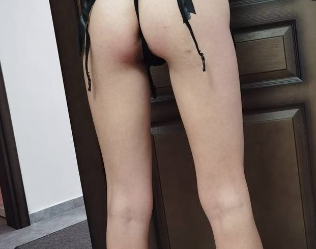 Γλυκιά και Τρυφερή Ελληνίδα 23 ετών απευθύνεται σε Ευγενικούς Άνδρες για να τους προσφέρει όμορφο σεξ - Εικόνα1