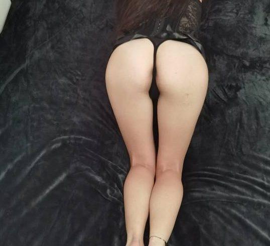 Γλυκιά και Τρυφερή Ελληνίδα 23 ετών απευθύνεται σε Ευγενικούς Άνδρες για να τους προσφέρει όμορφο σεξ - Εικόνα2