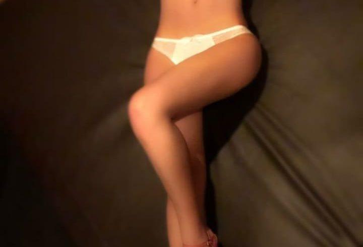 Ποιοτική, καθαρή, αριστοκρατική, μορφωμένη για όσους κυρίους θέλουν μια συνοδό επιπέδου στο κρεβάτι τους. - Εικόνα4