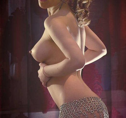 Μάρω σέξι με αληθινές φωτογραφίες. θηλυκή με υπέροχο φιδίσιο κορμί - Εικόνα1