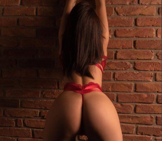 Ελληνίδα με πολύ σέξι κορμάκι  και διάθεση για πολλά  παιχνίδια στο κρεβάτι.  Είμαι ότι ονειρεύεσαι !!  6987326753 - Εικόνα1