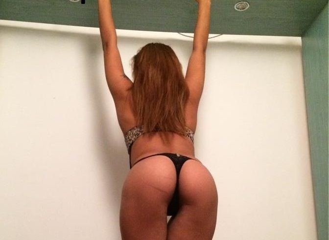 Έχω ευχάριστη προσωπικότητα, κάνω σεξ με άντρες και ανοιχτόμυαλα ζευγάρια = στο χώρο μου σε prive διαμέρισμα - Εικόνα2