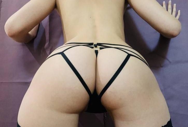 Δήμητρα 23 Είμαι Συνοδός πολύ σέξι παρουσία με μακρυά πόδια και έντονο σεξαπίλ. - Εικόνα2