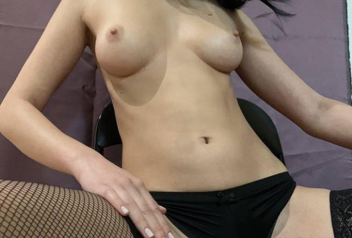 Δήμητρα 23 Είμαι Συνοδός πολύ σέξι παρουσία με μακρυά πόδια και έντονο σεξαπίλ. - Εικόνα5